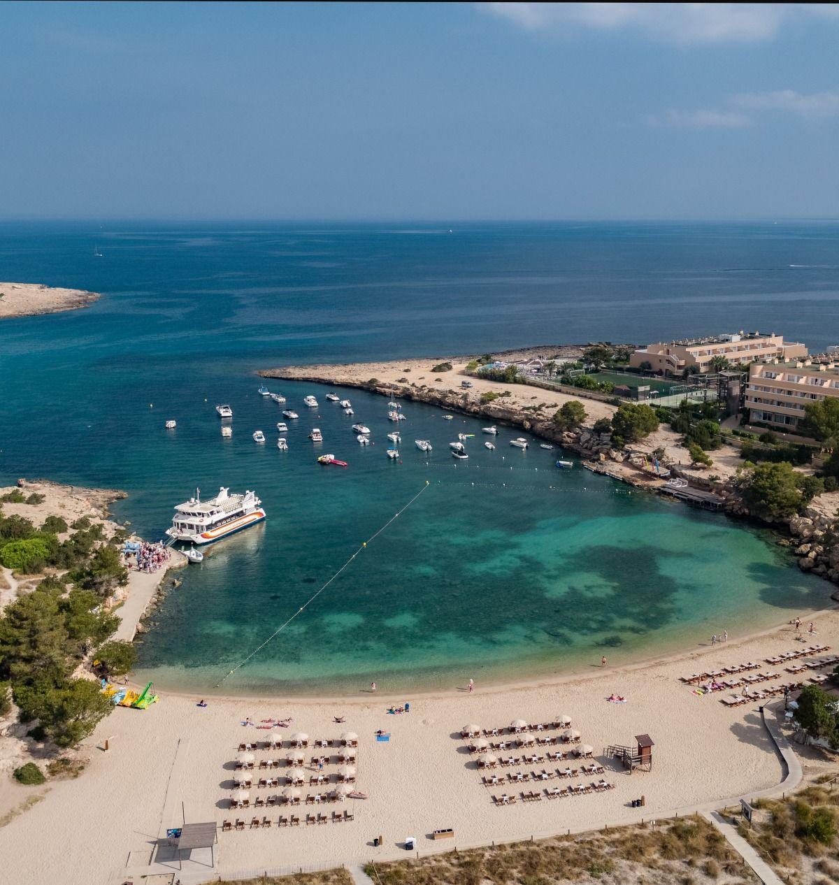 Playa de Port des Torrent, Ibiza
